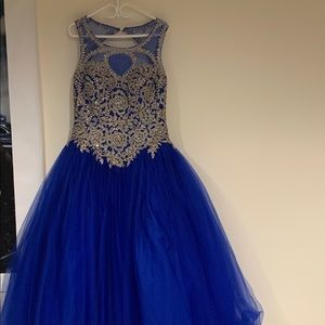 My old quinceañera dress, has only been worn once